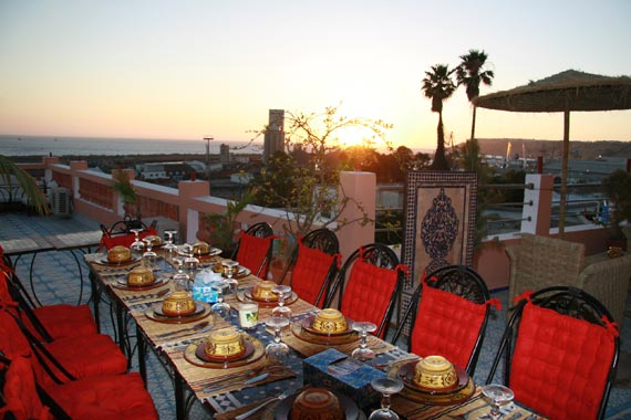dinner will be served in the terrace - Safi Surfcamp