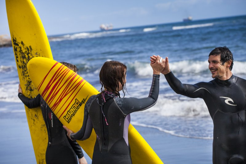 Certified surf instructors at the Surf Camp and Surf School Las Palmas