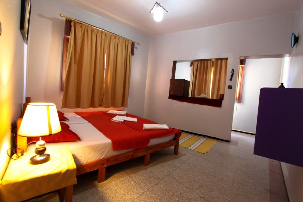 Private Double/ Twin bed room