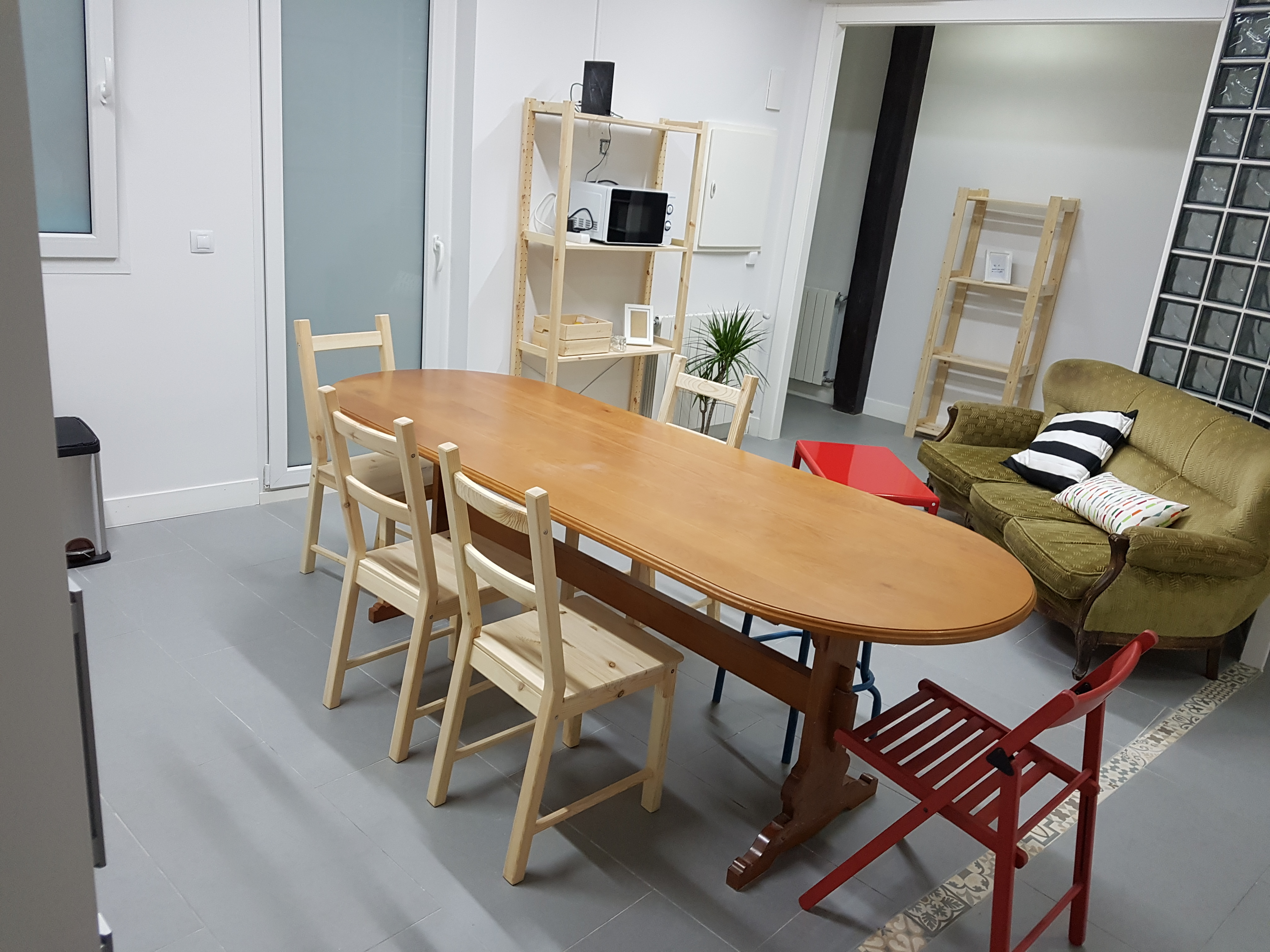 Kitchen & chill out area, here's where you can enjoy a serve yourself breakfast