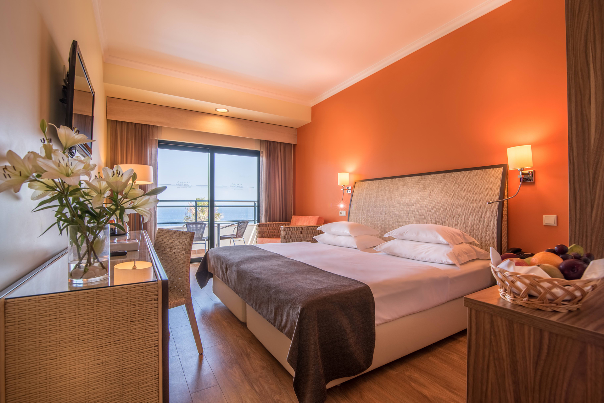 Canico Surf Hotel in Madeira sea view